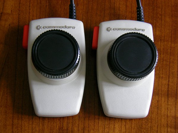 Commodore Paddles
